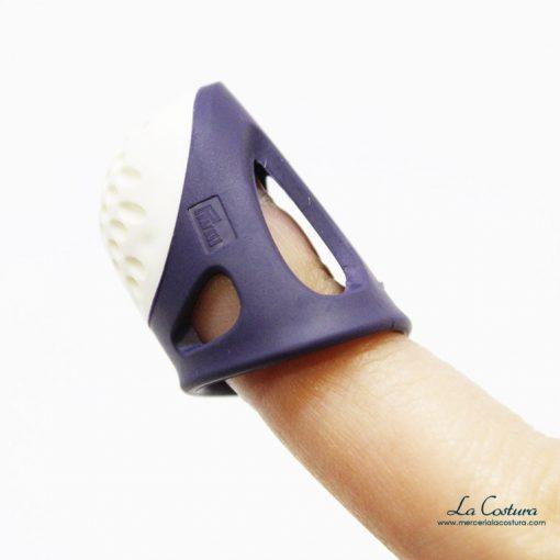dedal-ergonomico-de-silicona-prym-dedo