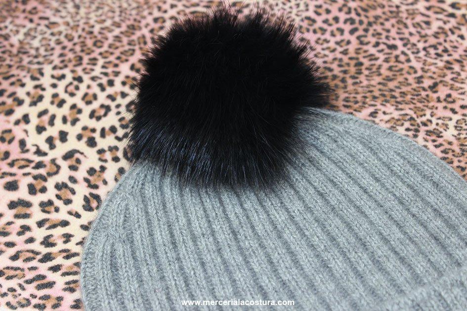 merceria-la-costura-pompon-negro-conejo
