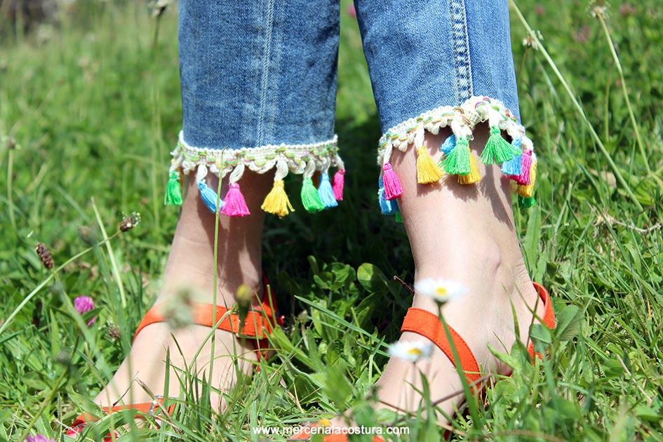 bajos-vaquero-pantalon-borlones-colores