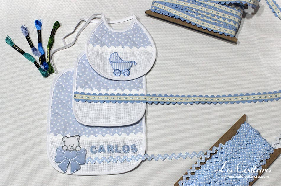 detalles-bautizos-nacimientos-baberos-azul