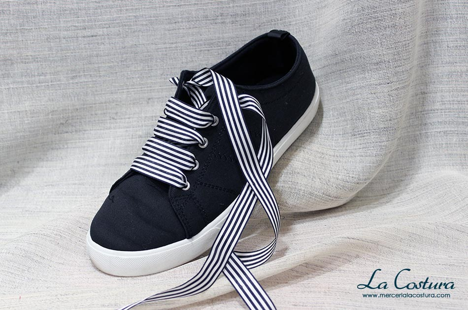 customizar-zapatillas-cordones-rayas