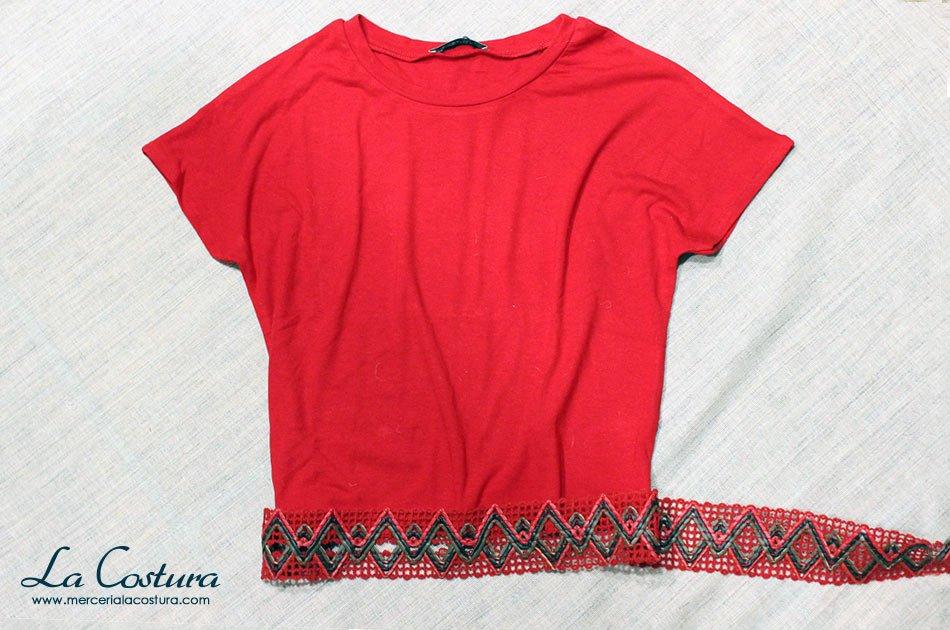 alargar-camiseta-top-crop-roja-tapacosturas