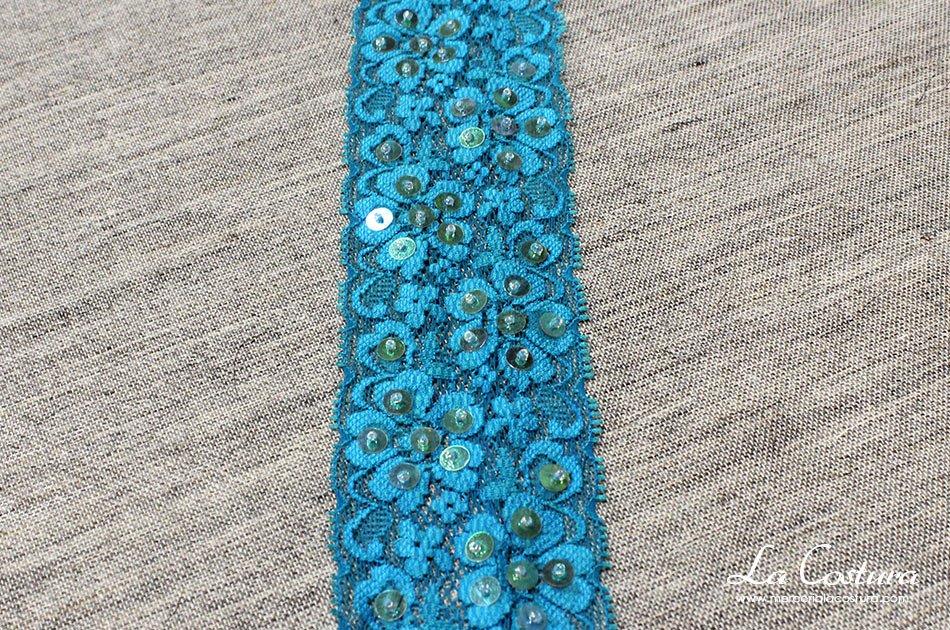 puntilla-nylon-elastica-fina-azul-lentejuelas