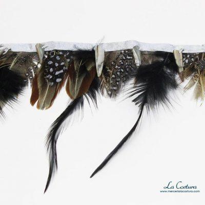fleco-de-plumas-con-abalorios
