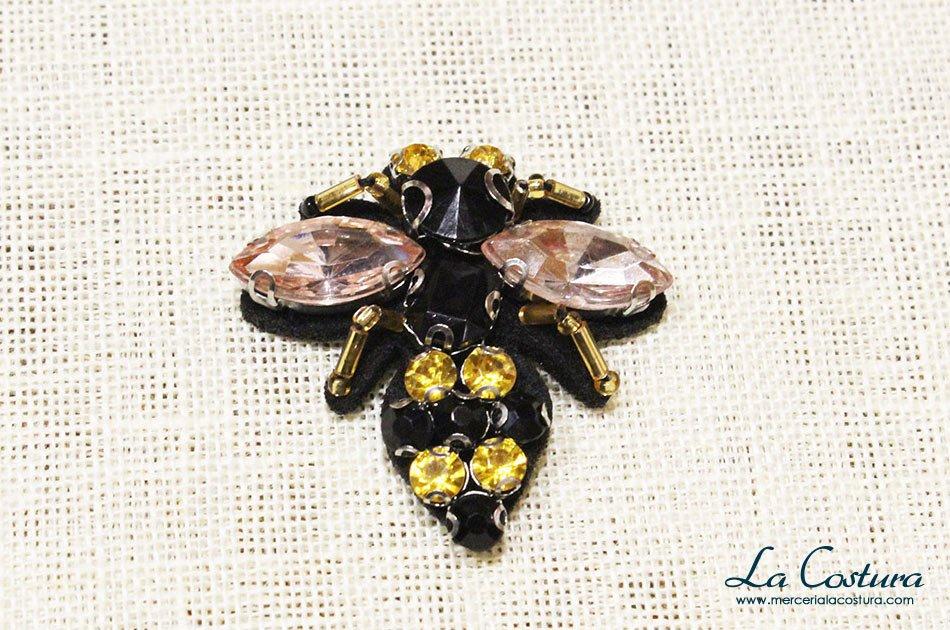 parche-de-coser-abalorios-abeja