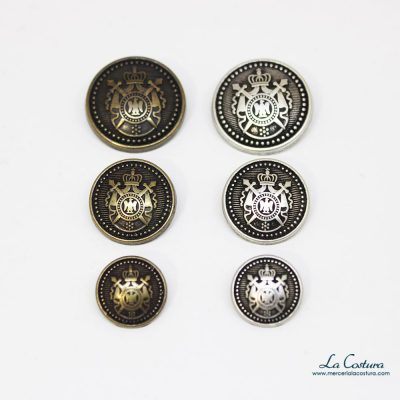 boton-metalico-escudo