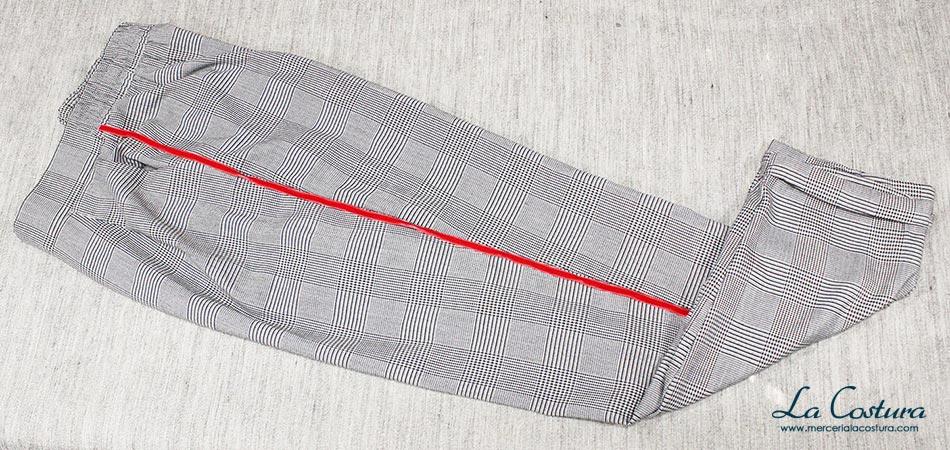 pantalon-banda-lateral-lazo-terciopelo-rojo