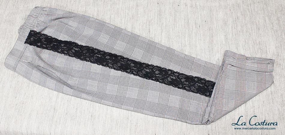 pantalon-banda-lateral-puntilla-nylon-elastica