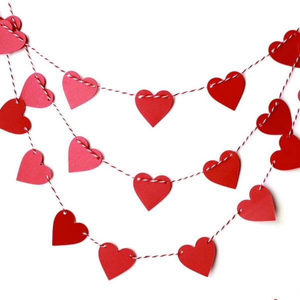 cadeneta-corazones-fieltro