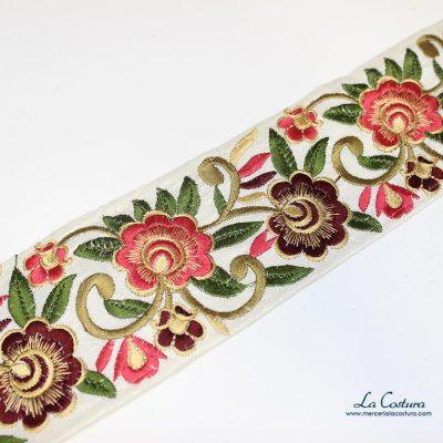 Tapacosturas rama y flor bordado