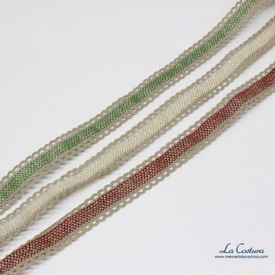 Tapacosturas con puntilla de lino