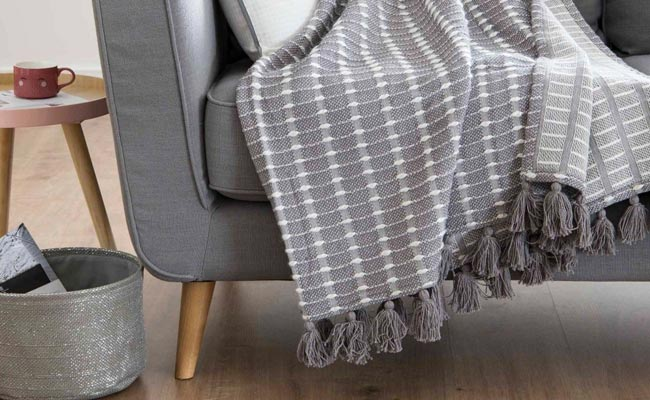 8 propuestas DIY para personalizar tus mantas