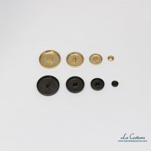 Interior del botón metálico liso