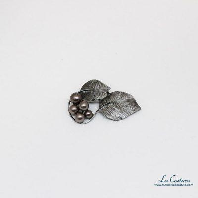 Broche imperdible hojas y perlas