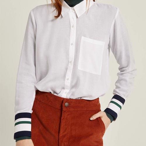 Camisa con detalle de puños de rayas