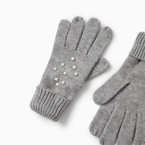 Guantes de lana con perlas