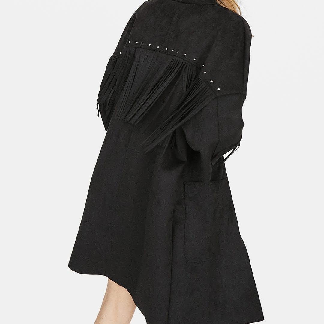 Kimono con flecos de ante en la espalda