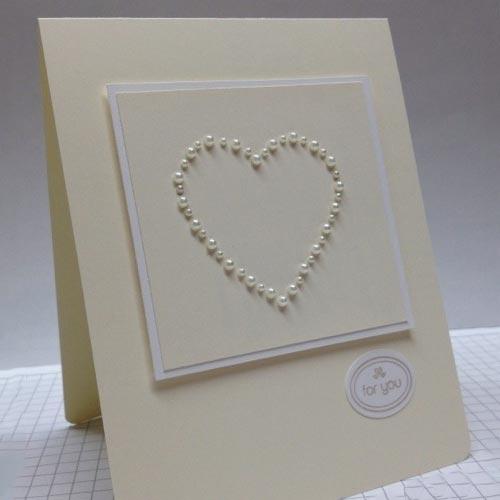 Tarjeta de San Valentín con perlas
