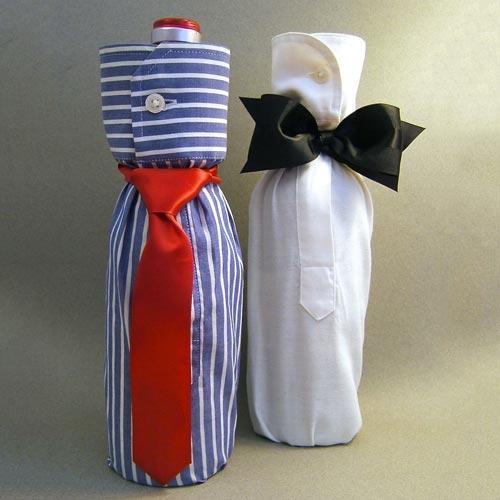 Cubre botellas con pajarita y corbata