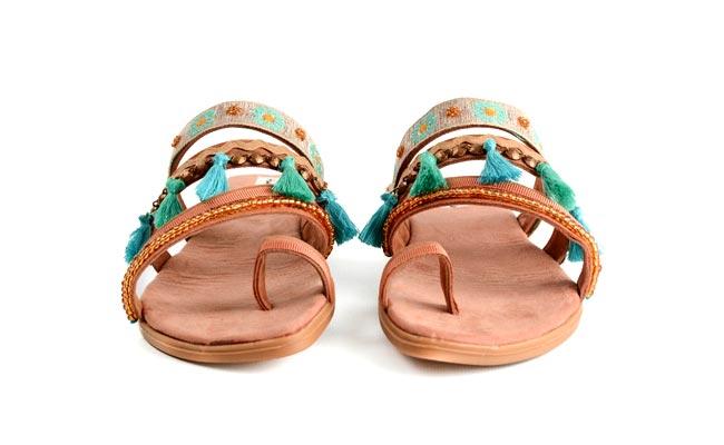 8 formas de customizar sandalias