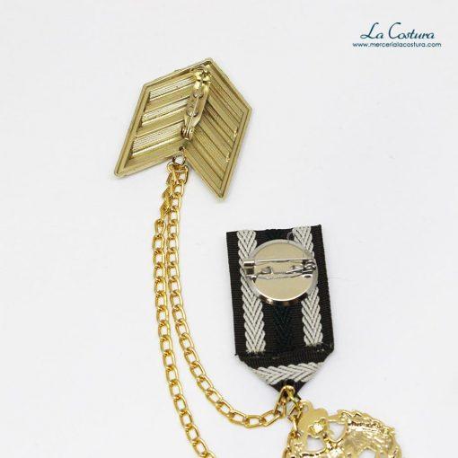 broche-galon-militar-dorado-escudo-trasera
