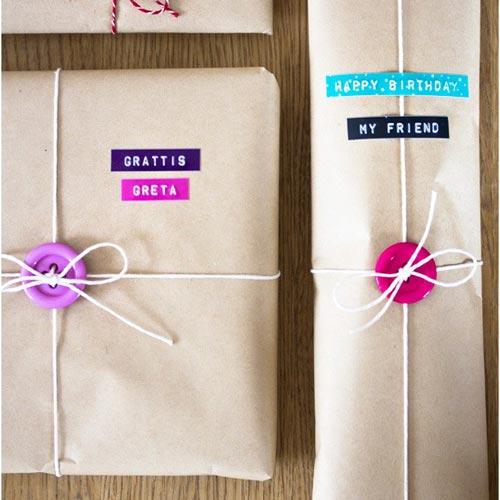 ideas-creativas-botones-envolver-regalos