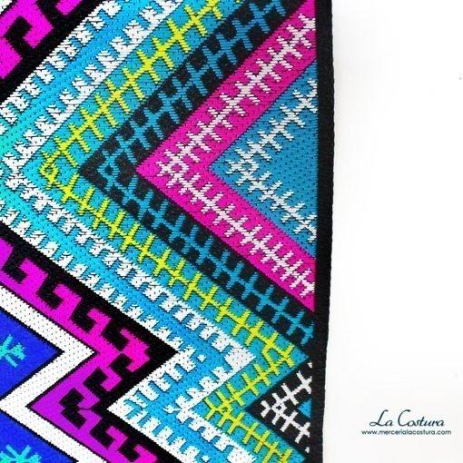 pasamaneria-ancha-etnica-colores-detalle