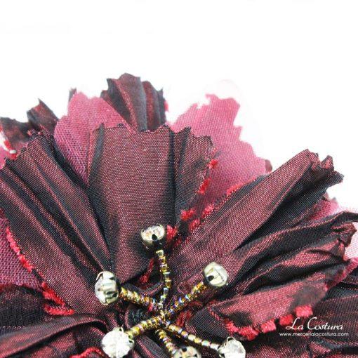 flor-seda-salvaje-y-pedreria-detalle