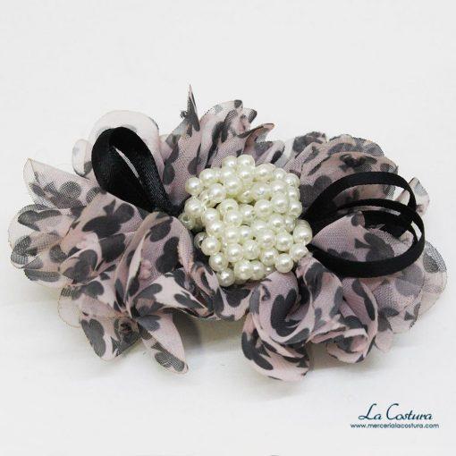 flor-treboles-y-perlas-zoom