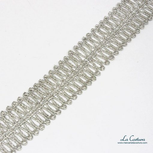 guipure-metalizado-doble-forma-lagrima-plateado-detalle