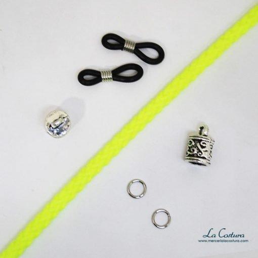 kit-cuelga-gafas-cordon-acrilico-fluor-amarillo-detalle