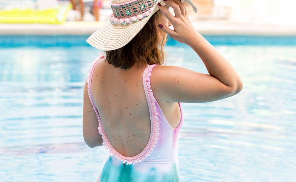 22647ea1779f Customiza tu bañador, ¡con sombrero a juego! - Mercería La Costura