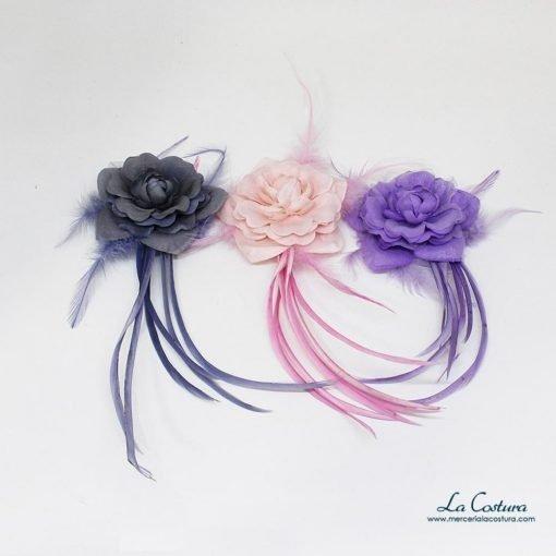 ramillete-flor-con-plumas