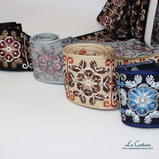 tapacosturas-bordado-de-flores