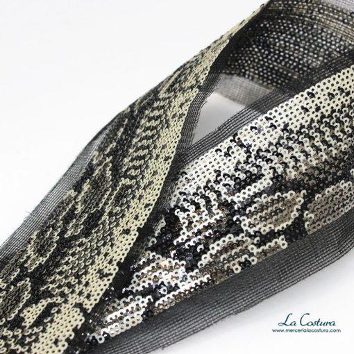 cinta-de-lentejuelas-estampado-serpiente-detalle