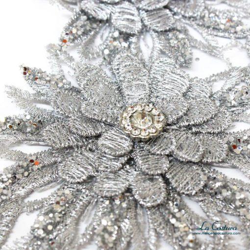 aplique-flores-y-ramas-plateado-detalles