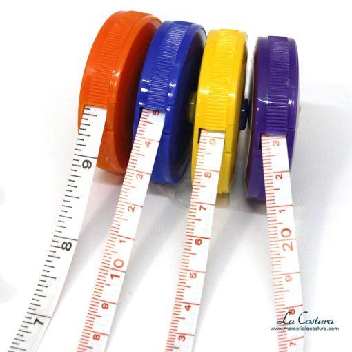 cinta-metrica-de-bolsillo-enrollable-detalle