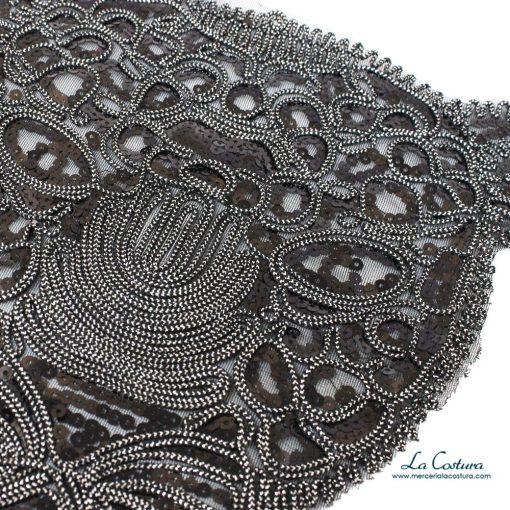 parche-lentejuelas-leopardo-negro-detalle