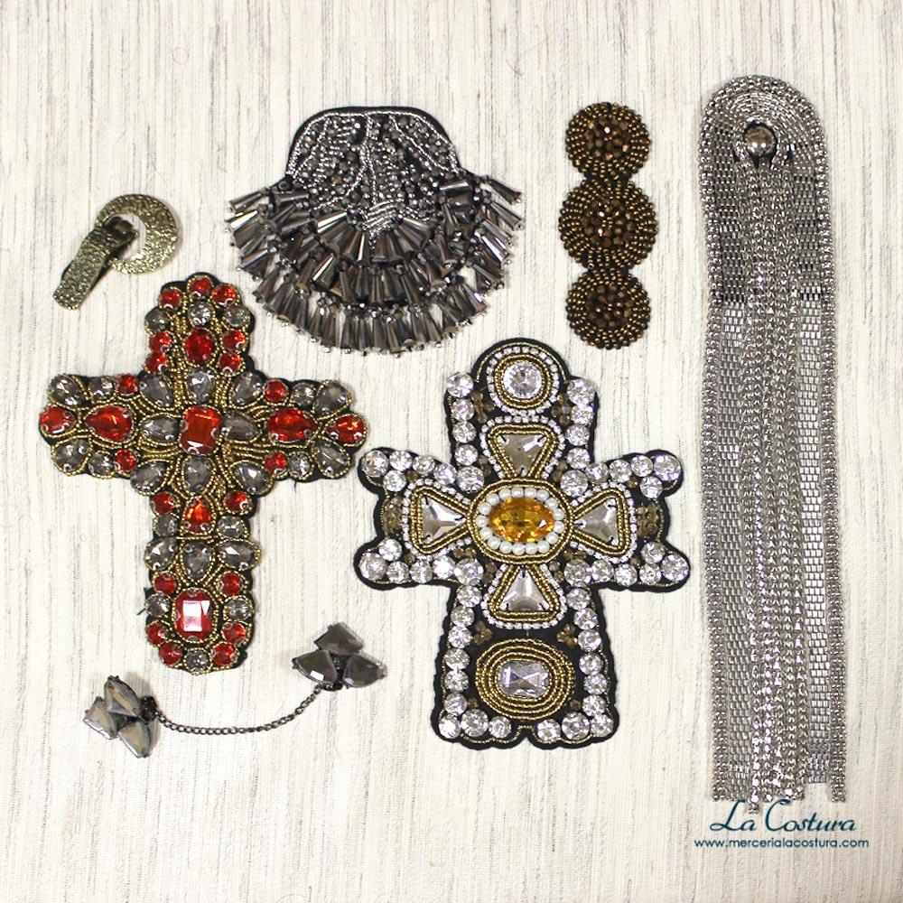 apliques-pecheras-y-costureros-regalo-reyes-aplicaciones-alamares