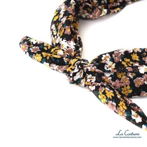 diadema-con-lazo-estampado-flores-zoom