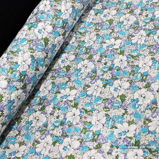 tela-de-popelina-flores-azul-lila-detalle