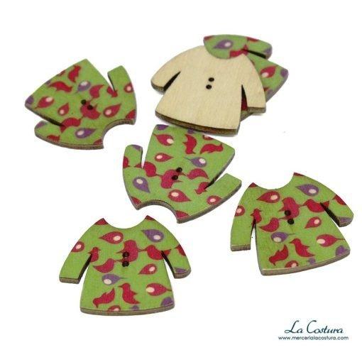 botones-de-madera-infantiles-camiseta-detalles