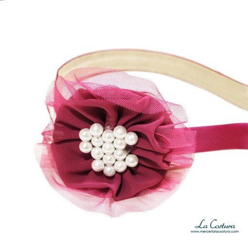 diadema-flor-perlas-tul-zoom