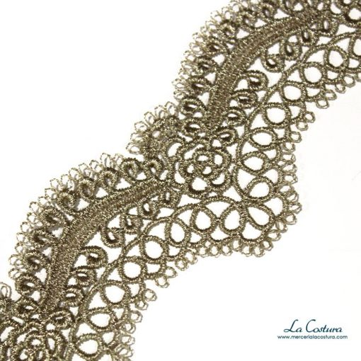 guipure-metalizado-dorado-de-4-cm-detalle